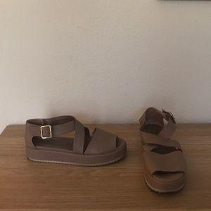 AGL Leather Platform Sandal